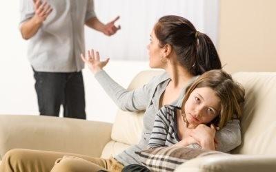 Родители ругаются, ребенок терпит (к статье о подаче заявления на алименты)