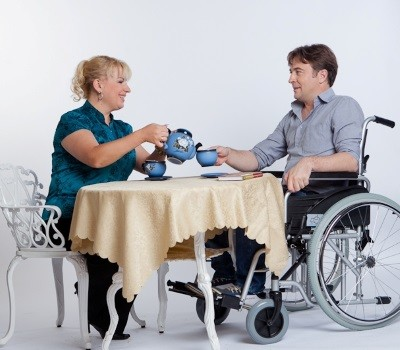 Как оформить пособие по уходу за инвалидом