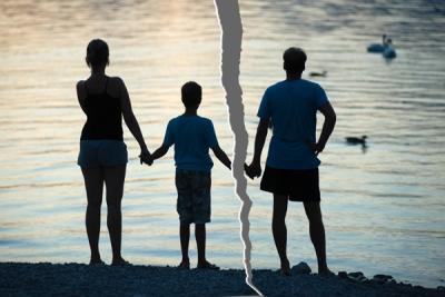 Матерям одиночкам положен удвоенный размер пособия на ребенка до 18