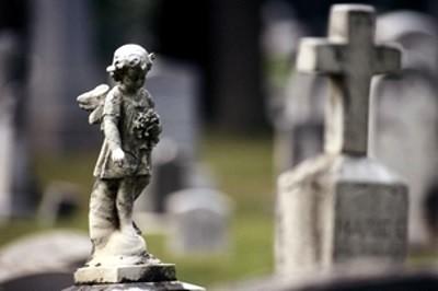 Сущность и особенности получения пособия на погребение