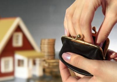 Вносить оплату на капитальный ремонт дома можно через регионального оператора