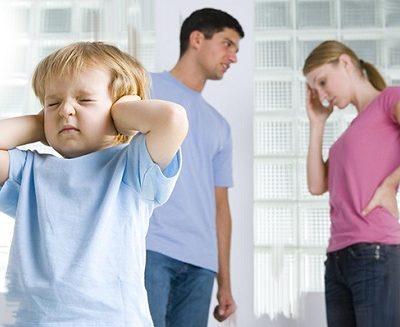 Алименты на содержание матери ребенка до 3 лет: сумма выплаты, порядок взыскания денежных средств для бывшей жены, а также размер материальной помощи, если супруга не работает